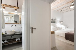 apartment with sea view to kyma bathroom and bedroom